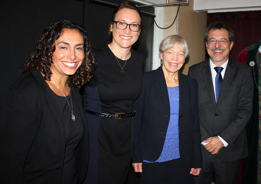 The doctorate Marit Valla and the evaluation committee.