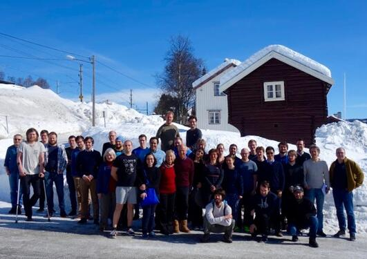 Participants of the Winter School in front of the hotel
