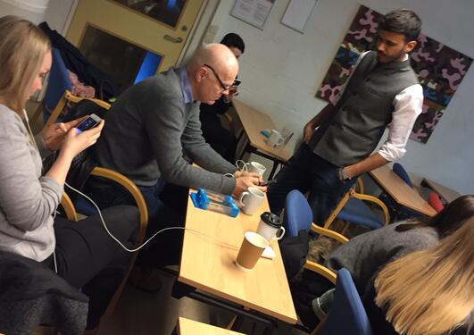 Workshop med mobiljournalisten Yusuf Omar på Universitetet i Bergen i januar 2017