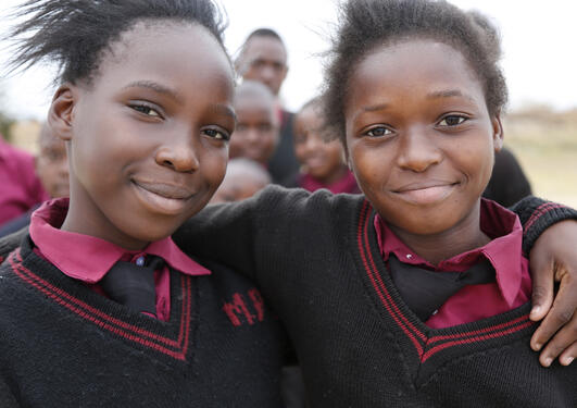 Girls from Zambia teach other youth about their right to education. Photo: Jessica Lea/DFID (Flickr, CC license)