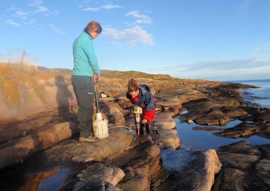 Paleomagnetic study in Finnmark