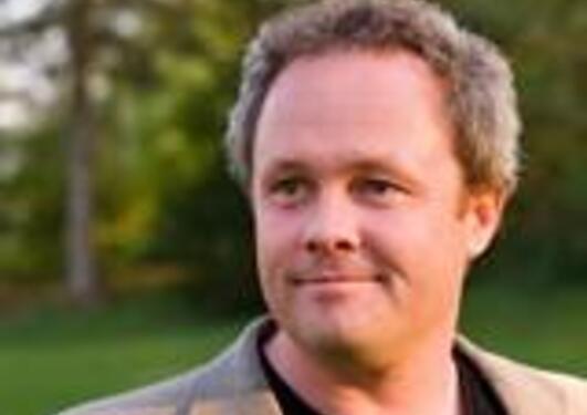 Arnstein Mykletun er professor II ved HEMIL, Det psykologiske fakultet