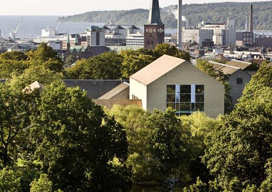 Campus Aarhus sett frå Statsbibliotekets boktårn.
