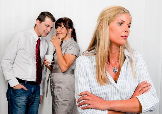 Mobbing gir en ekstrem form for sosialt stress som kan gi dramatiske...
