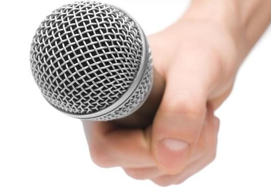 Illustrasjonsfoto ifm sak om seminar om retorikkeksperter i media og intervju...