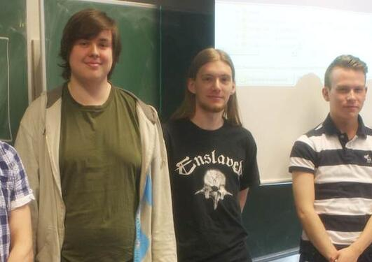 De 5 deltakerne i konkurransen om beste spill: Tomas Olexy, Jens Gåsemyr,...