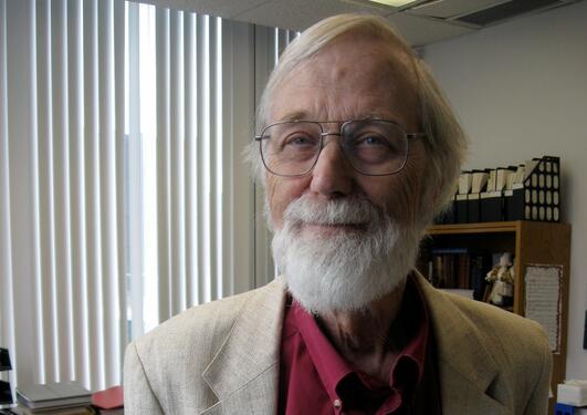 John Milnor er tildelt Abelprisen 2011. Torsdag kommer han til Bergen og UiB.