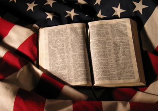 Putnam mener religion kan bidra positivt til demokratiet, men ikke i for...