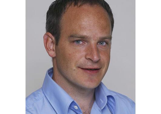 Helge Ræder, professor II ved Klinisk Institutt 2, skal leie rekrutterings...