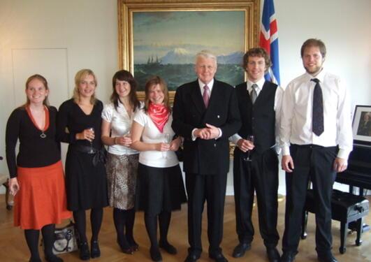 Studenter ved GFI besøker Islands president Olafur Ragnar Grimsson sommeren...
