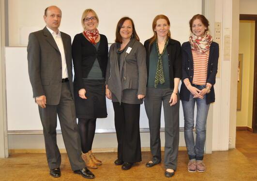 Fra venstre: undertegnede, Mary-Anne Karlsen, Christine M. Jacobsen, Synnøve...