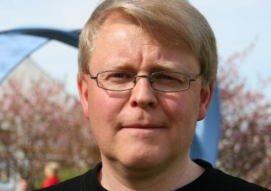 Førsteamanuensis Kjartan Olafsson ved Institutt for fysikk og teknologi.