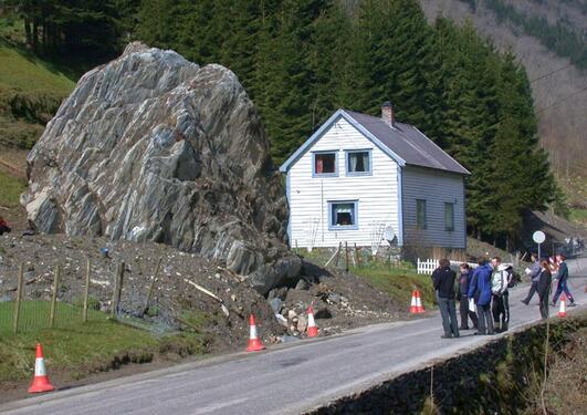 Steinsprang i Mundheim.
