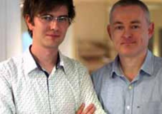 Lars Hopland Nestås og Kjell Jørgen Hole ved Institutt for informatikk testet...