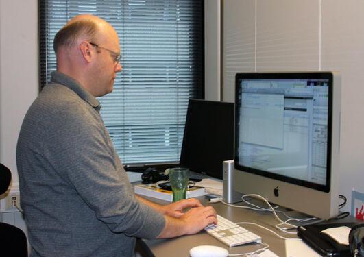 Scott Rettberg leder ELMCIP-prosjektet som jobber med elektronisk litteratur.