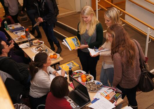 Exchange of information on the International day at The faculty of Psychology.