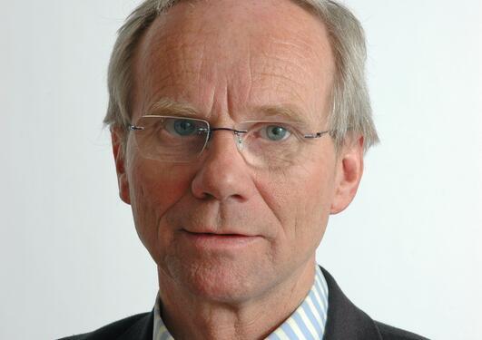 Professor Sigve Tjøtta