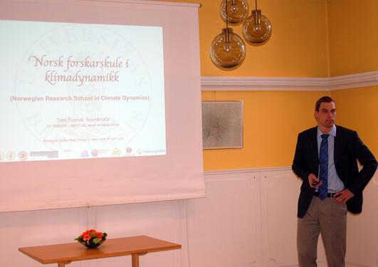 Tore Furevik presenterer den nye nasjonale forskerskolen i klimadynamikk