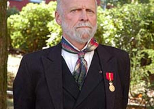 Sidan 2001 har overlege Knut Wester også vore professor i hovudstilling ved...